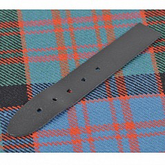 "Kilt Strap 3/4"" (1.9 cm) This 100% genuine leather strap is perfect if you need a replacement or spare for your highland outfit."