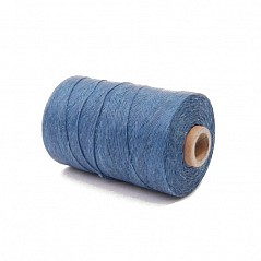 50g Light Blue waxed bagpipe hemp. Technical info: 50g roll = approx. 270 metres Waxed with microcrystalline wax DTEX of this product is 1840 (measuring unit for yarn; 1 gram per